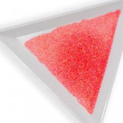 Perle de décoration rouge - pour des motifs et des structures scintillants méticuleux.